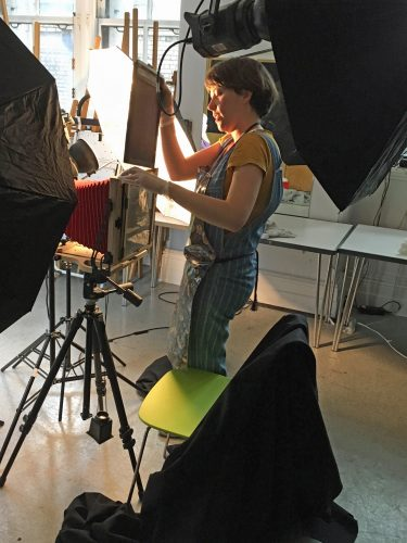 Collodion photography: Loading the plate into the camera